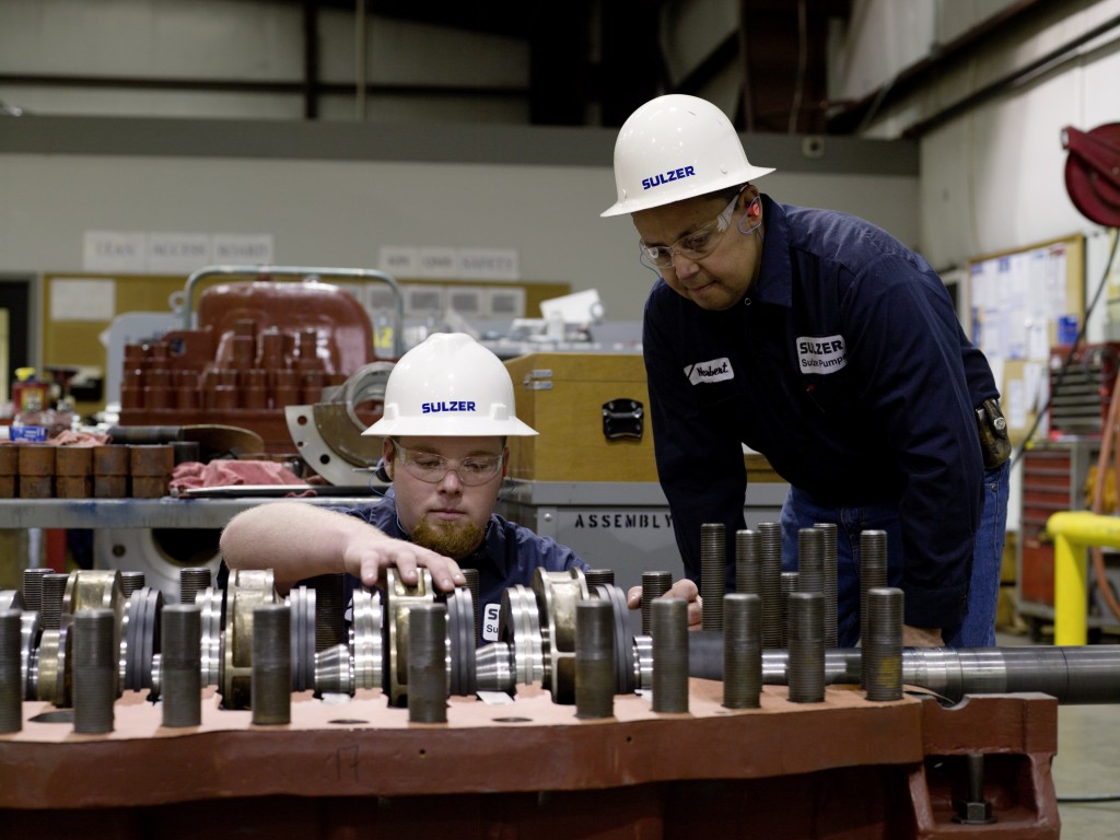 Sulzer employees remanufacture components